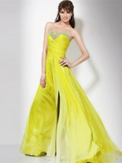 Sheath Sweetheart Neckline Sweep Train Chiffon Evening Gown With Beading – AdoringDress