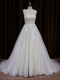 Cheap Wedding Dresses, Budget Bridal Gowns – The Bridal Boutique Ireland