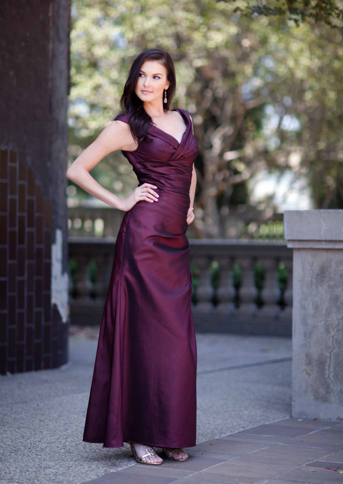 US$165.99 2015 V-neck Sleeveless Satin Regency Floor Length