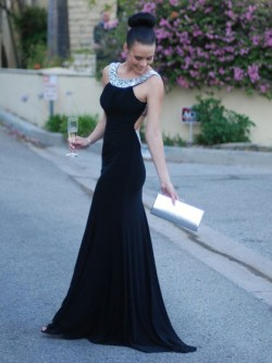 Trumpet/Mermaid Backless Scoop Neck Silk-like Satin Crystal Detailing Dark Navy Prom Dress in UK