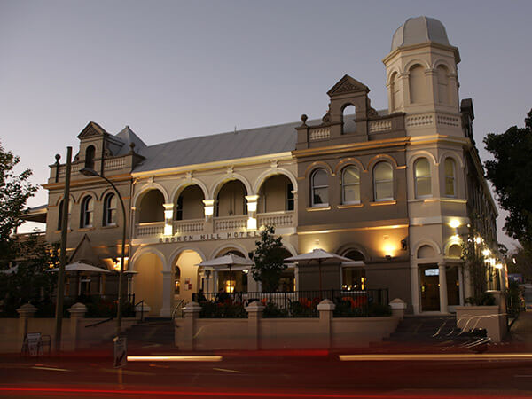 About The Broken Hill Hotel Victoria Park – Broken Hill