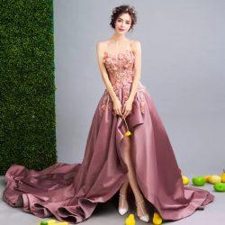 Elegant Strapless A Line Satin Prom Dresses Flowers Applique Backless Long Court Train Evening Gown