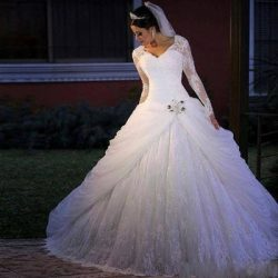 Luxuriou Plus Size Long Sleeves Ball Gown Wedding Dresses Appliques Crystals V-neck Bridal Gown  ...