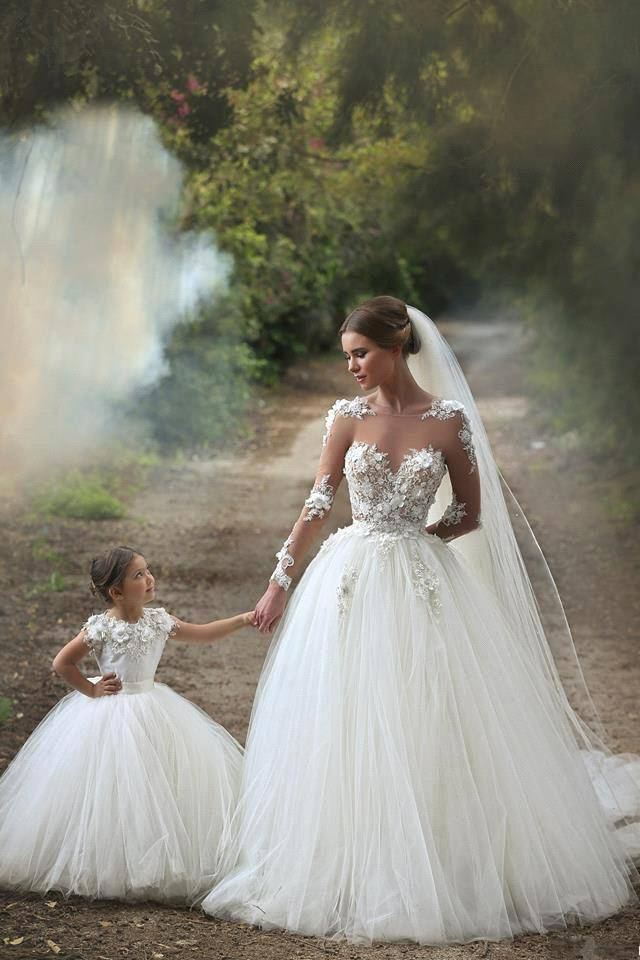 Vintage Long Sleeves Lace Ball Gown Wedding Dresses with Sheer Crew Neck See Through Back Arabic ...