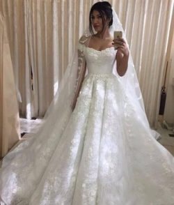 Custom Made V Neck Lace Flowers Wedding Dresses 2018 Court Train off the shoulder Appliques Off- ...