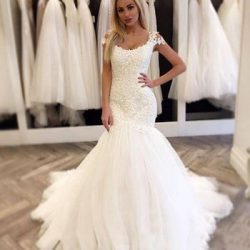 Modest Mermaid Wedding Dresses Cap Sleeve Scoop Neck Lace Tulle Sweep Train New Design Bridal Gowns