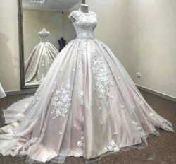 Satin Ball Gown Wedding Dresses Jewel Neck Lace Applique Tulle Sleeveless Court Train Bridal Gow ...