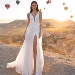 Sequined Wedding Dress V Neck Sleelvess Beach Country Party Bridal Dresses With Side Split Modest