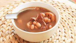 Lotus Root Soup with Peanuts
