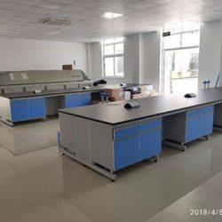 labratory work bench 3